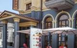 kurortny-hotel-essentuki_pit_cafe-outside_02